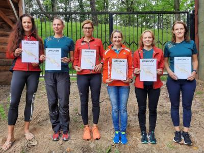 Das Foto zeigt die starken Laager Frauen, v.l. : Sandra Murr, Katja Beu ,Kathleen Maag, Sophia Heuck, Sarah Liesegang und Claudia Rugbarth. Foto: André Stache
