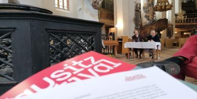 Das Lausitz-Festival holt bekannte Künstler und Denker in die Lausitz, hier in die Nikolaikirche in Luckau.