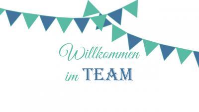 Schriftzug Willkommen im Team mit zwei Wimpelketten