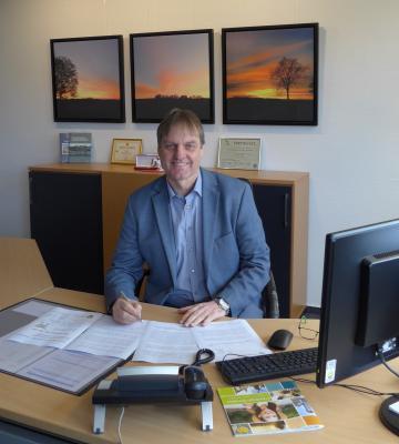 Bürgermeister Detlef Kaatz freut sich über den positiven Bescheid des Landes Niedersachsen