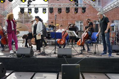 10 Jahre Landkreis LUP - Die Musikschule gratuliert