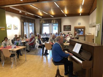 """Es wird wieder gemeinsam gesungen! - """"Offenes Singen"""" in der Seniorenbegegnungsstätte"""
