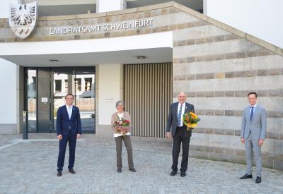 Im Bild, von links: Dr. Volker Karb (Bürgermeister Schwebheim), Oliver Schulze (Bürgermeister Sennfeld), Karin Model, Helga Jurisch, Jürgen Bandorf, und Landrat Florian Töpper.