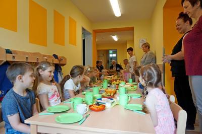 Kita Saalhausen - gemeinsames Frühstück zur Einweihung der frisch sanierten Kita