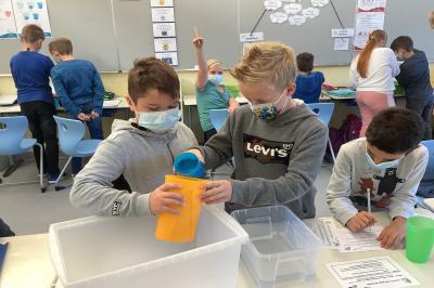 Foto zur Meldung: Klasse 4a: Liter und Milliliter
