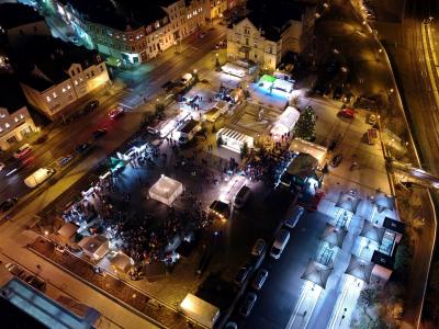 Luftansicht des Weihnachtsmarktes (c) Stadtfeuerwehr Wilkau-Haßlau
