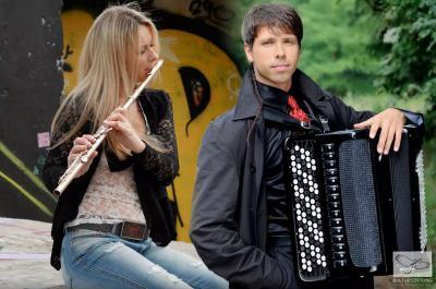 """""""Von West nach Ost"""" – Klassisches Konzert im Rathaus"""