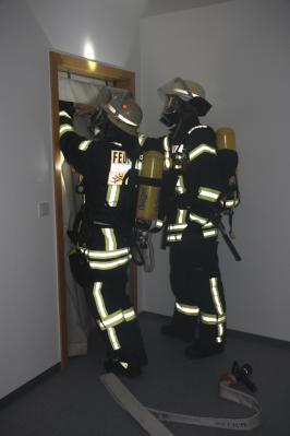 Alarm im Rathaus -  Feuerwehr Flieden probt den Ernstfall