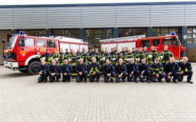 Bild der Meldung: Startklar für den aktiven Dienst in der Feuerwehr - Stadt Buchholz und SG-Jesteburg stellen neue Feuerwehrleute in den Dienst.
