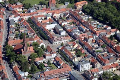 Für die Termine zur Sonntagsöffnung im Jahr 2022 sollten Händler und Gewerbetreibende jetzt ihre Anträge bei der Stadt Pritzwalk einreichen. Foto: Lars Schladitz