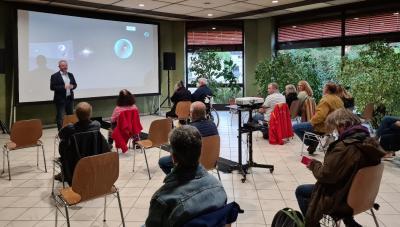 Bürgermeister Brandt begrüßt die Besucher des Europäischen Filmfestivals in Meckesheim