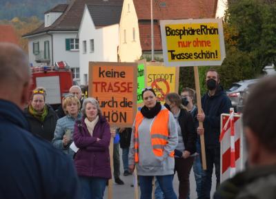 Foto zur Meldung: Kundgebung gegen Stromtrasse P43 in Elfershausen