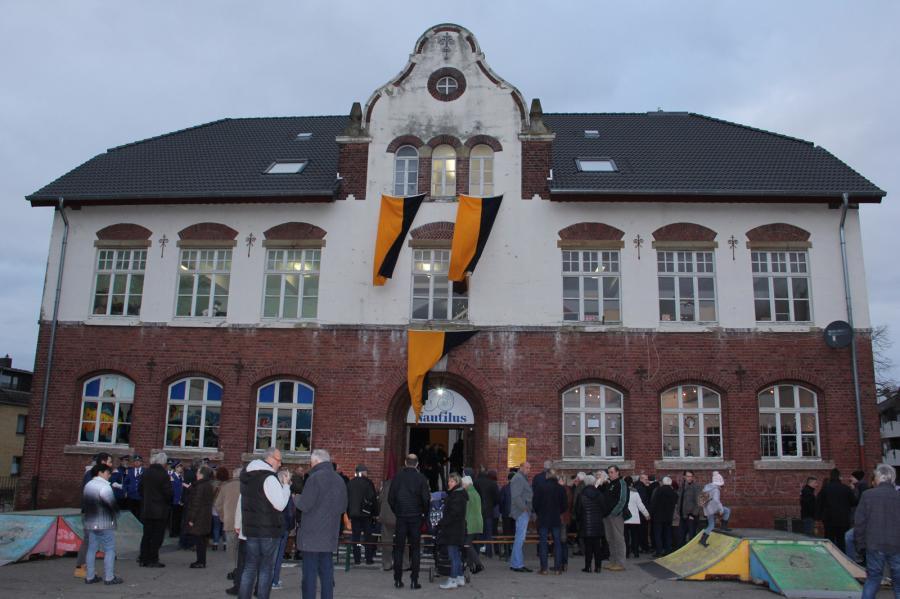 Wiedereröffnung Alte Schule 01