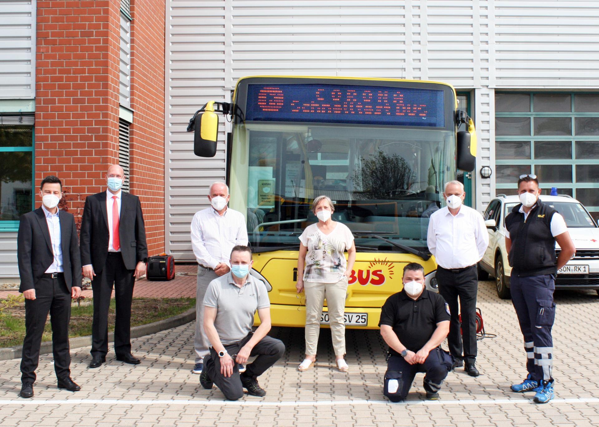 Der Testbus mit Akteuren