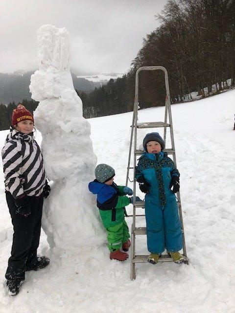 1. Platz Wettbewerb Schneemann (ältere Kinder)