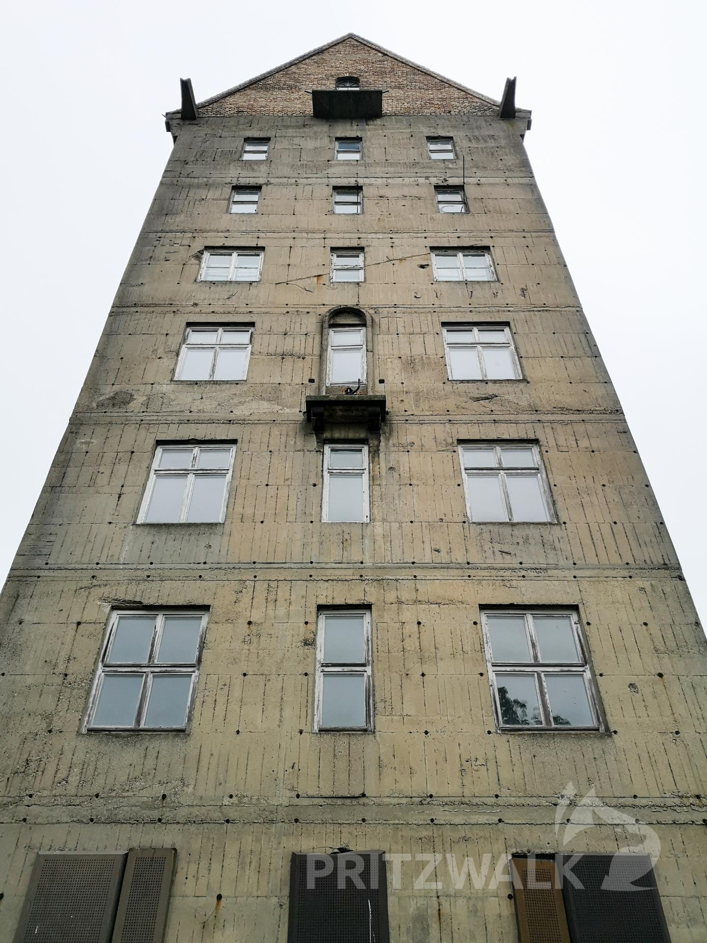 Der Wasserturm steht unter Denkmalschutz. Foto: Beate Vogel