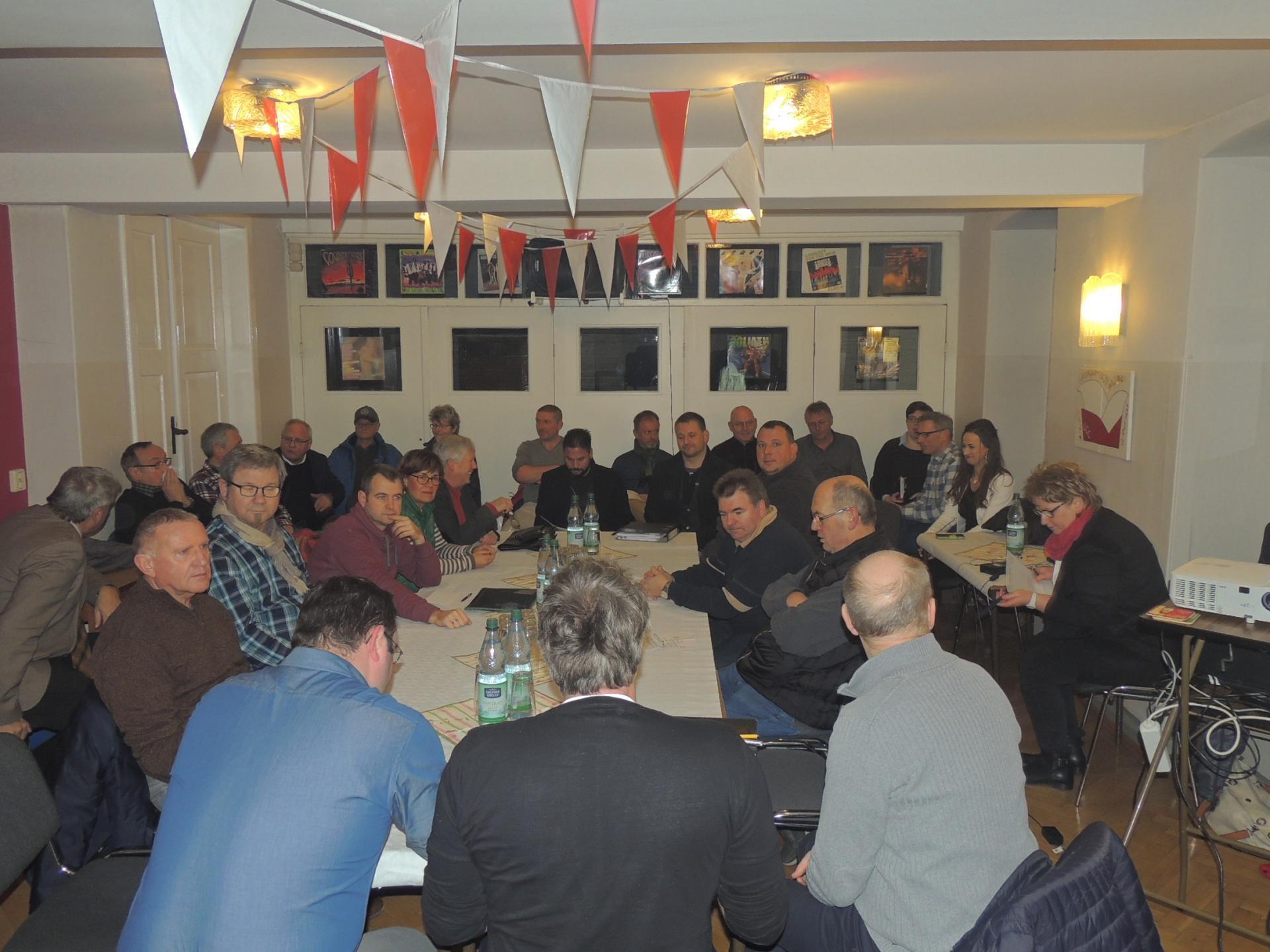 Sitzung des Ausschusses für Stadtentwicklung, Bau und Umwelt im Vereinshaus Oberschmon