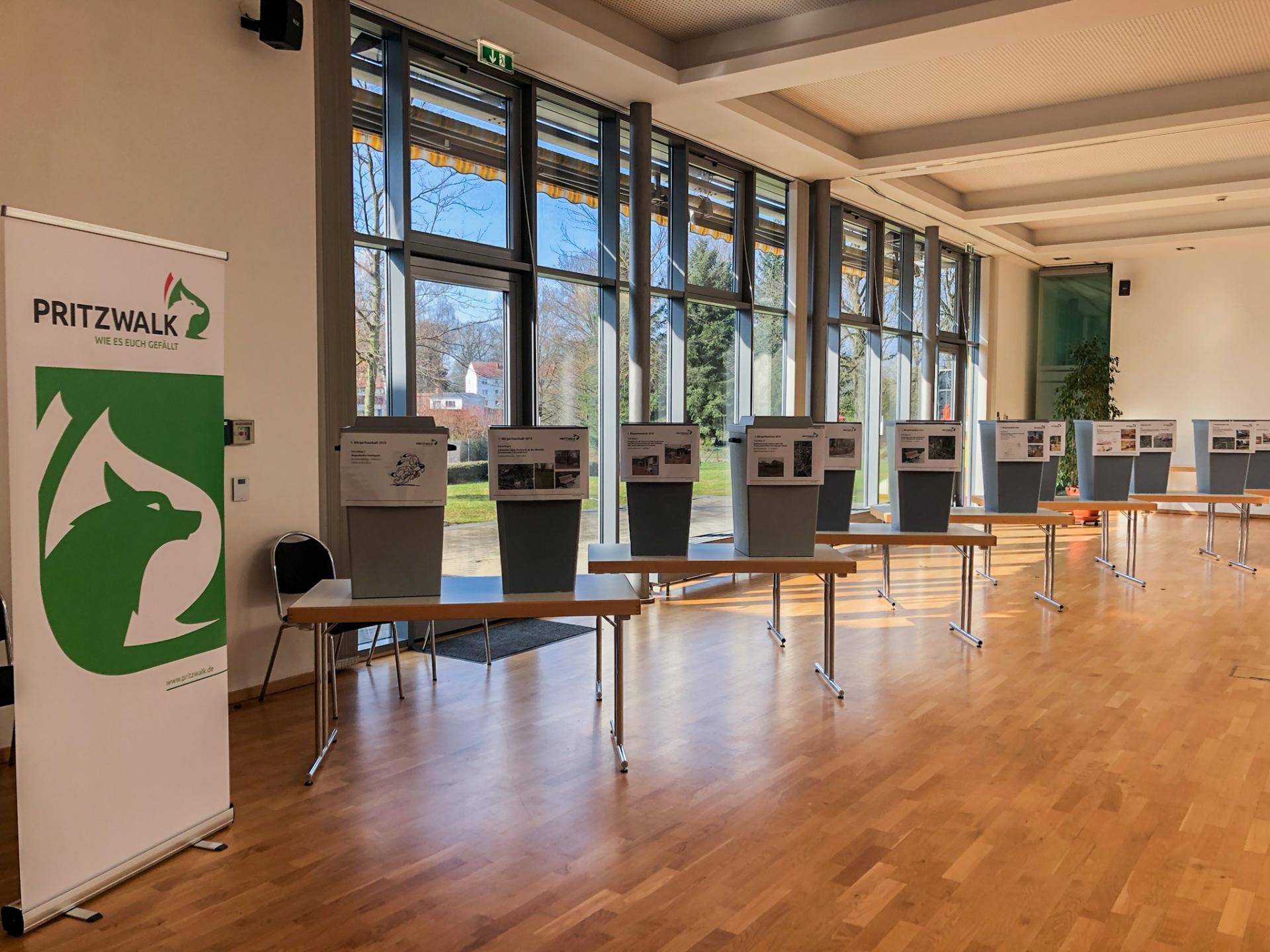 Im Anbau des Kulturhauses werden wieder die Wahlurnen aufestellt - so wie bei der Abstimmung für den ersten Bürgerhaushalt im Frühjahr 2019. Foto: Andreas König