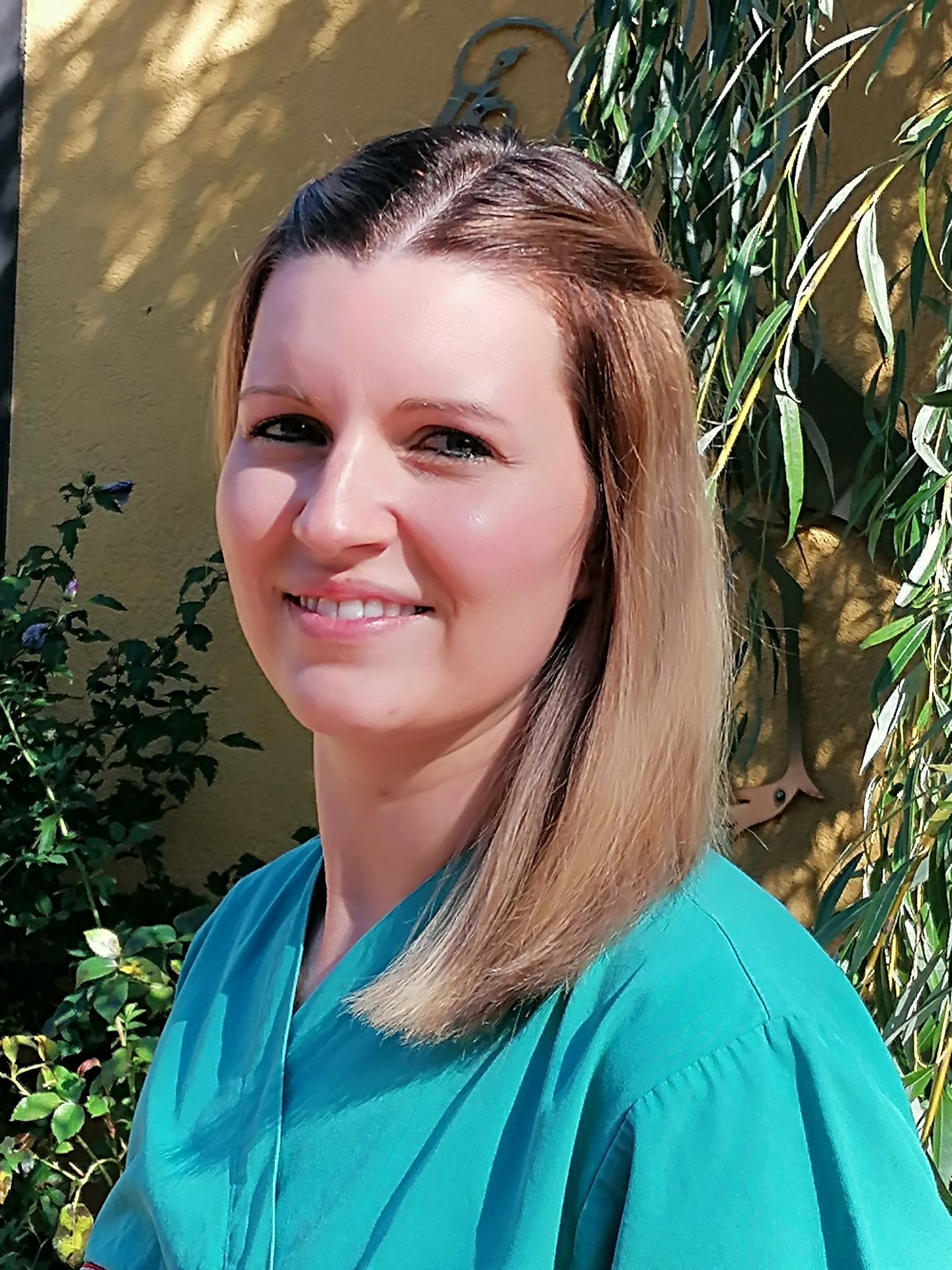 Anica Barholz