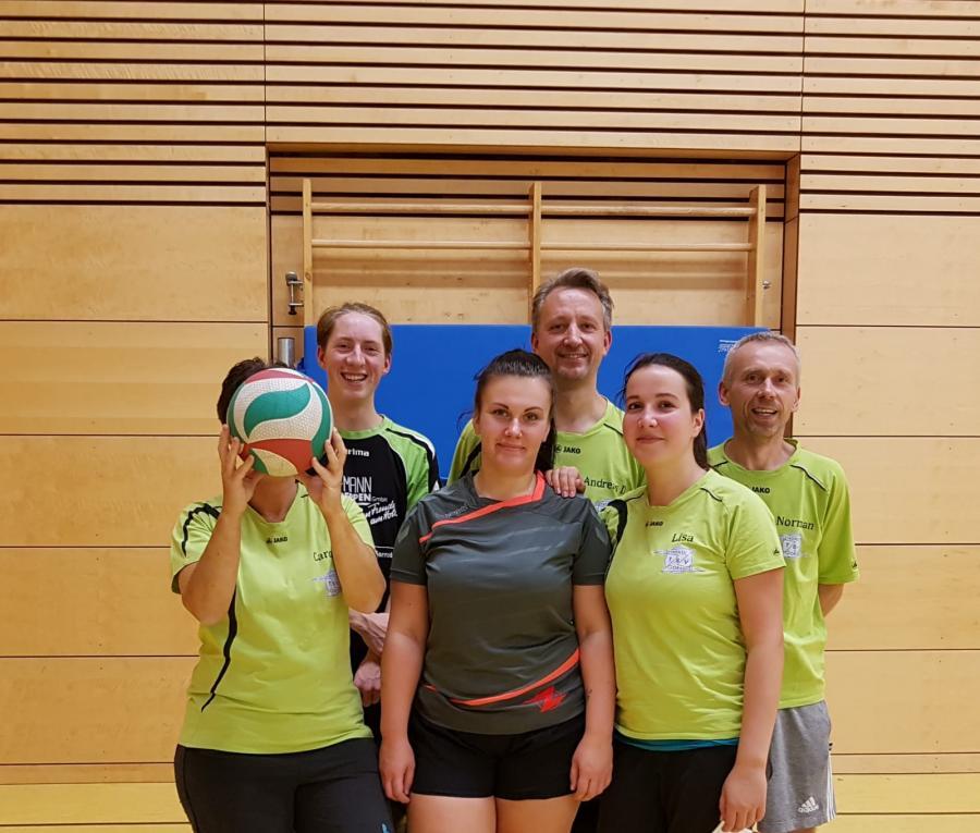 Mannschaftsfoto_Volleyball_Mix_1