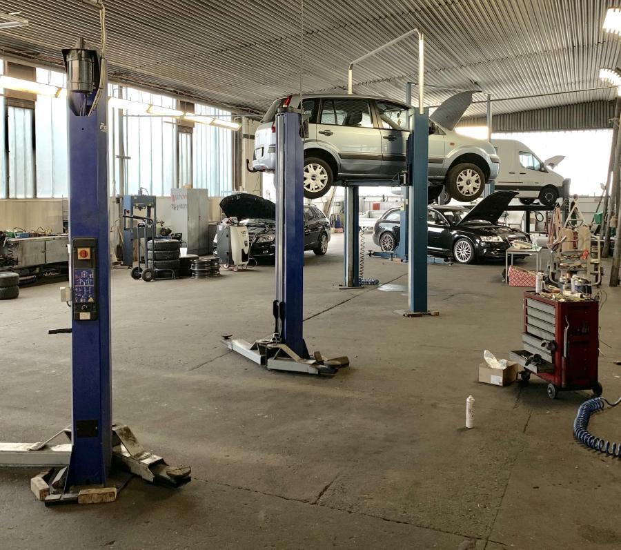 PKW-Werkstatt