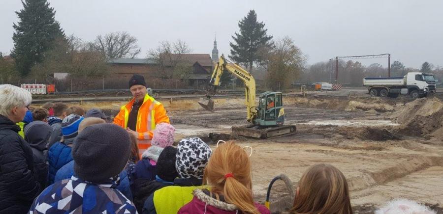 Baustelle für neue Schule