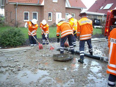 11.12.2010  - Hochwasser in Hemeringen