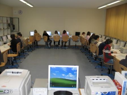 11. Computerrraum.jpg