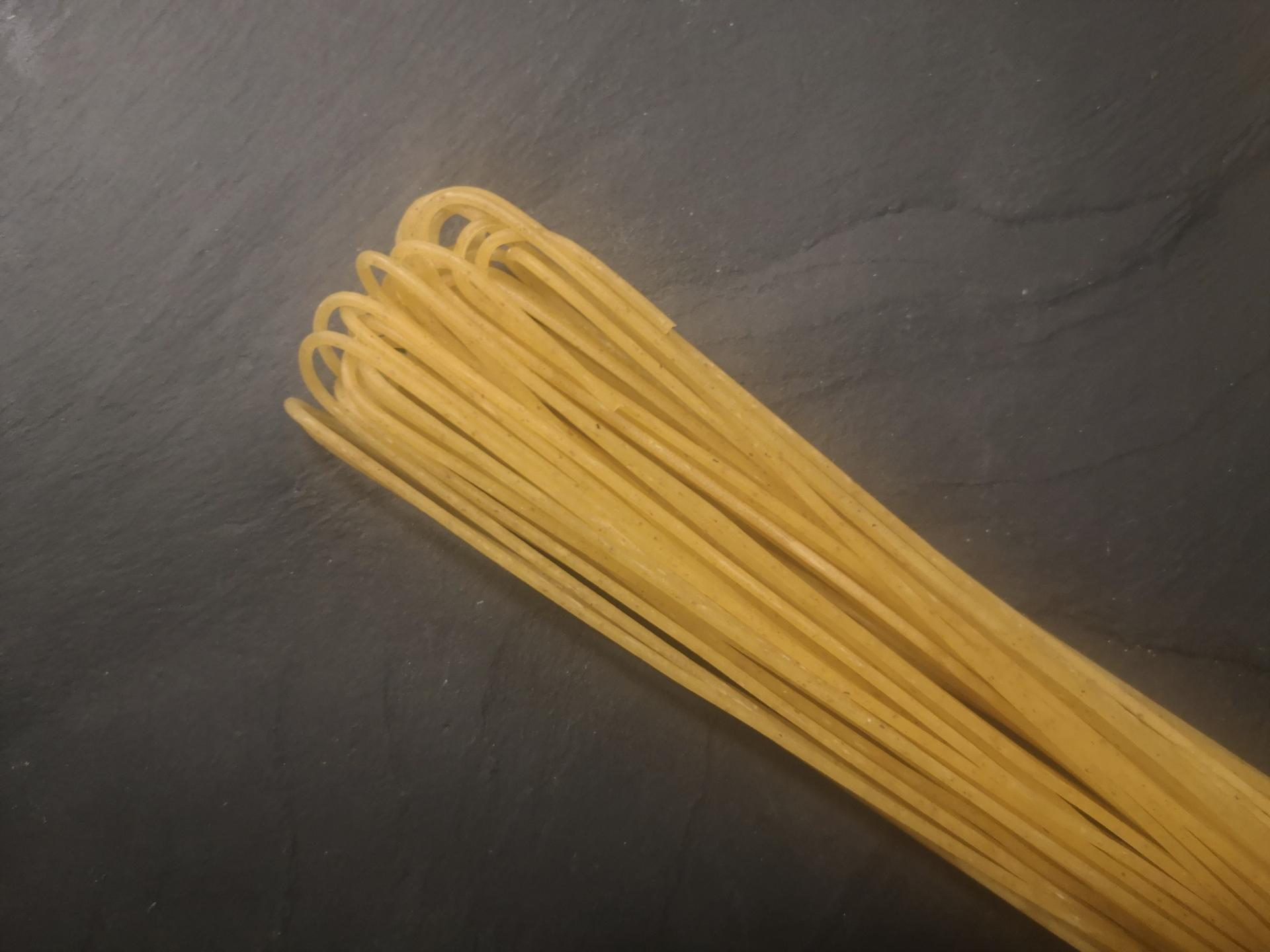 handgeschnittene Dinkelspaghette