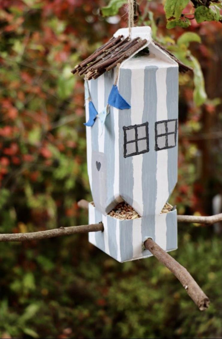 Vogelhaus Bild