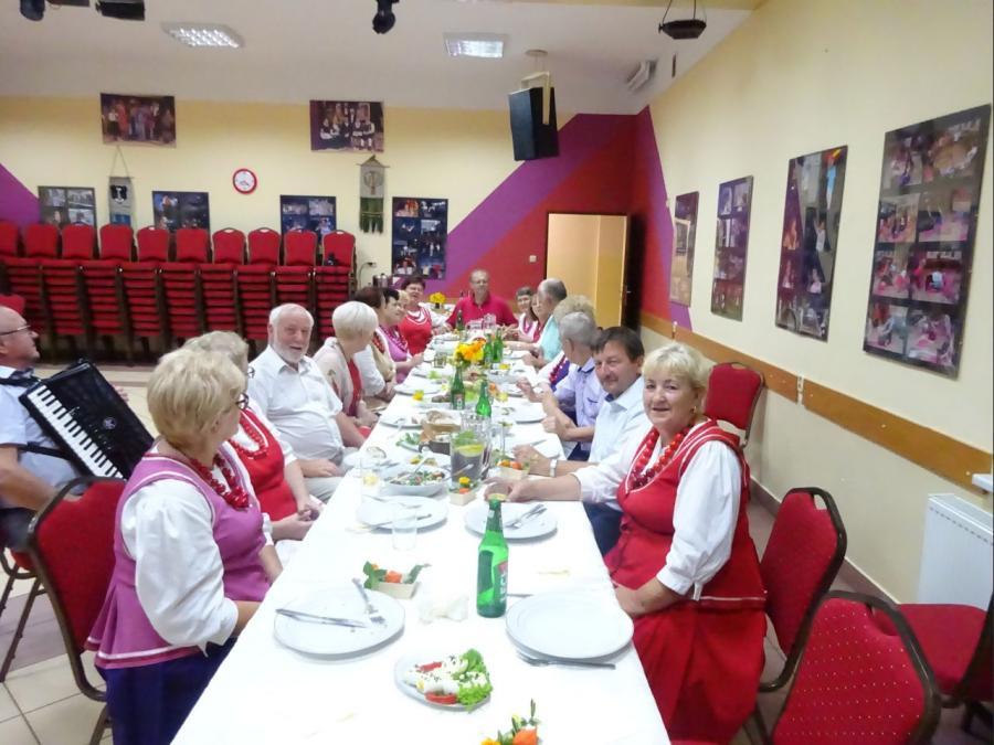 Abendessen im Gemeindezentrum
