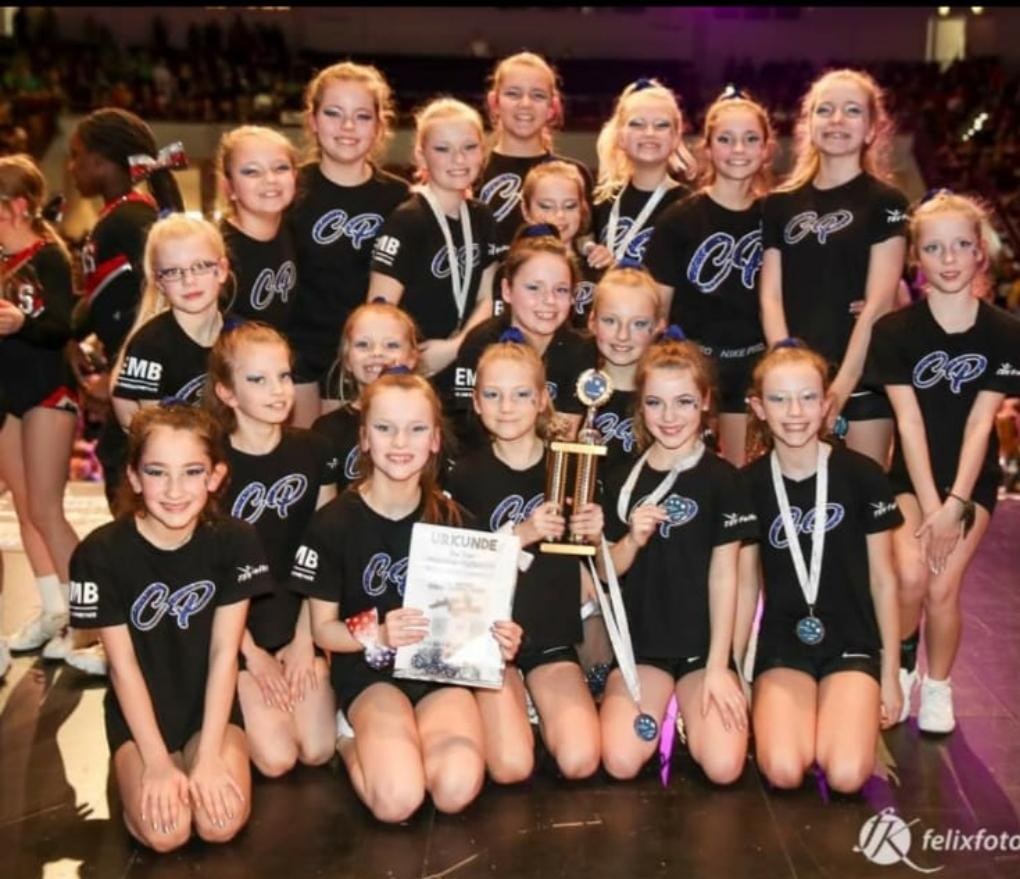 cheerleader2ä