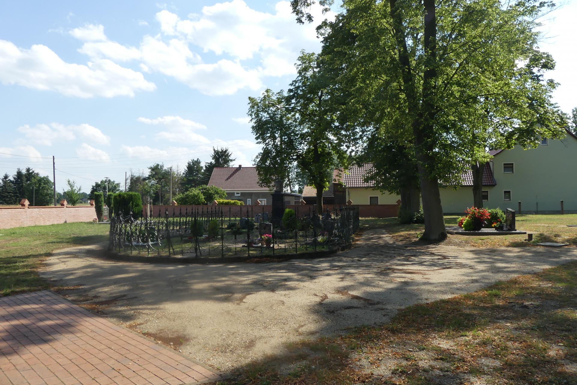 Friedhof Uhsmannsdorf