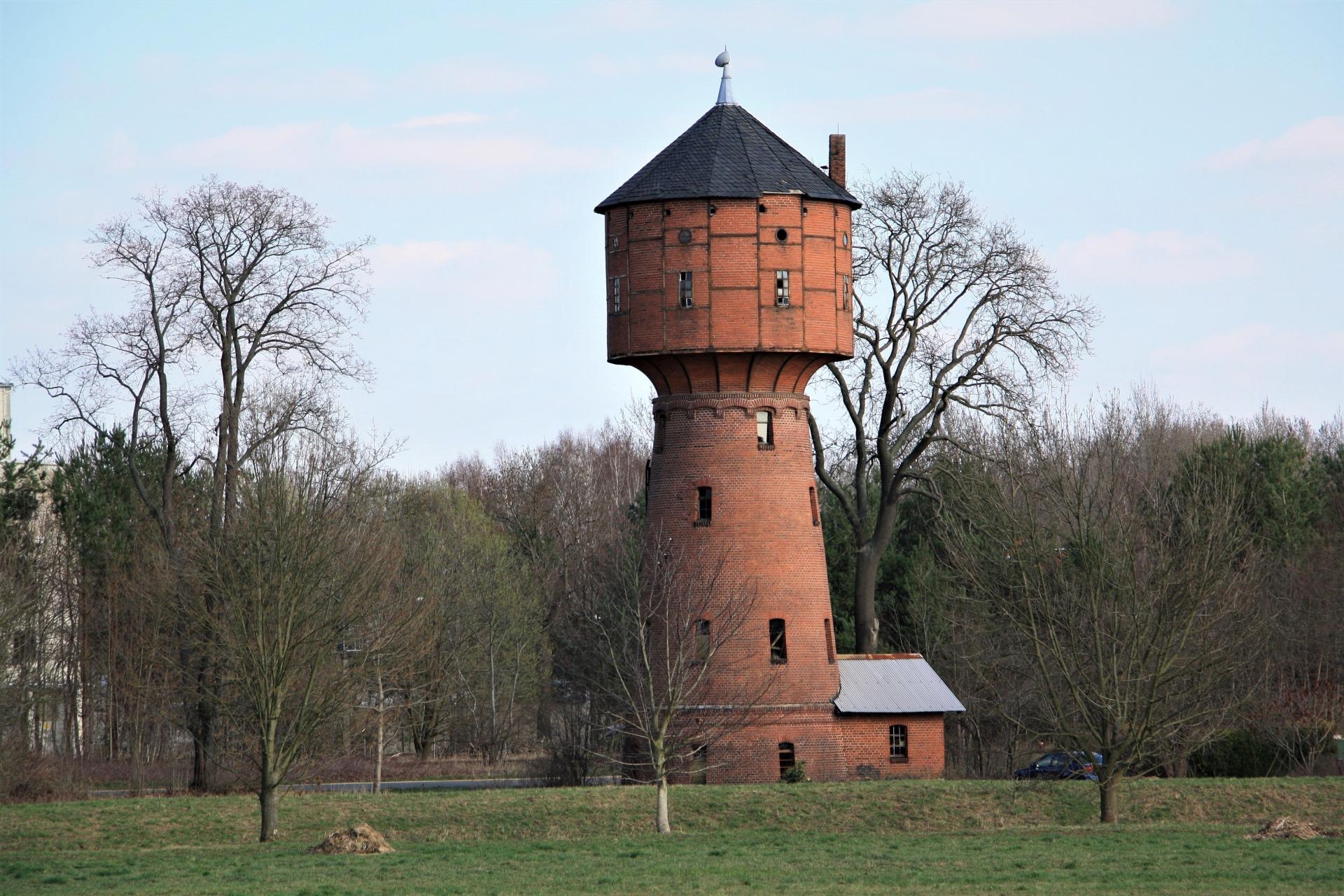 Wasserturm Uhsmannsdorf © Boris Umerkaev