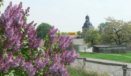 Blick auf die Kirche St. Fabian und St. Sebastian im Ortsteil Otterstedt