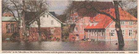 2006 04 07 Elbehochwasser Palmschleuse