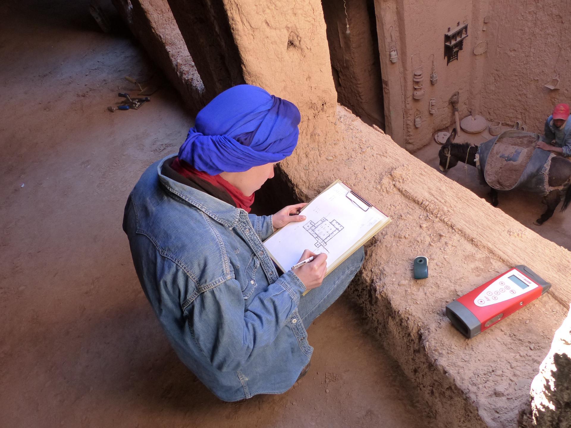 Aufmaß der historischen Sippenwohnburg aus Lehm in Marokko