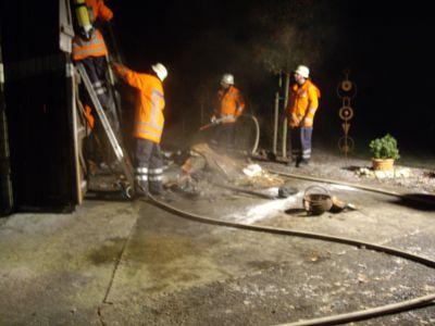 28.11.2010 - Schuppenbrand in Fuhlen