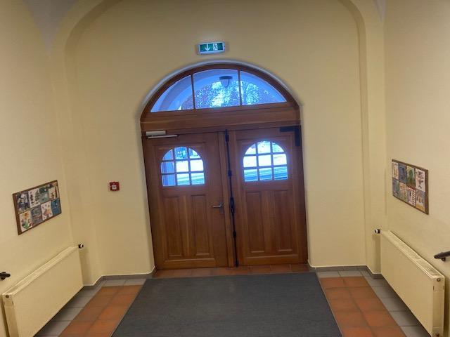 2021-01-19 Vorraum Grundschule_a