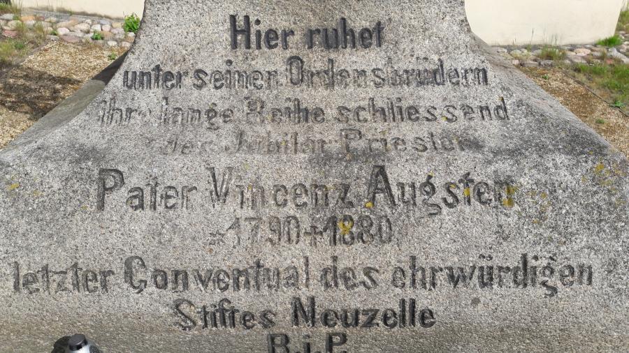 Alter Friedhof Neuzelle Foto: Besucherinformation Neuzelle