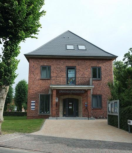 Bürgerhaus neu