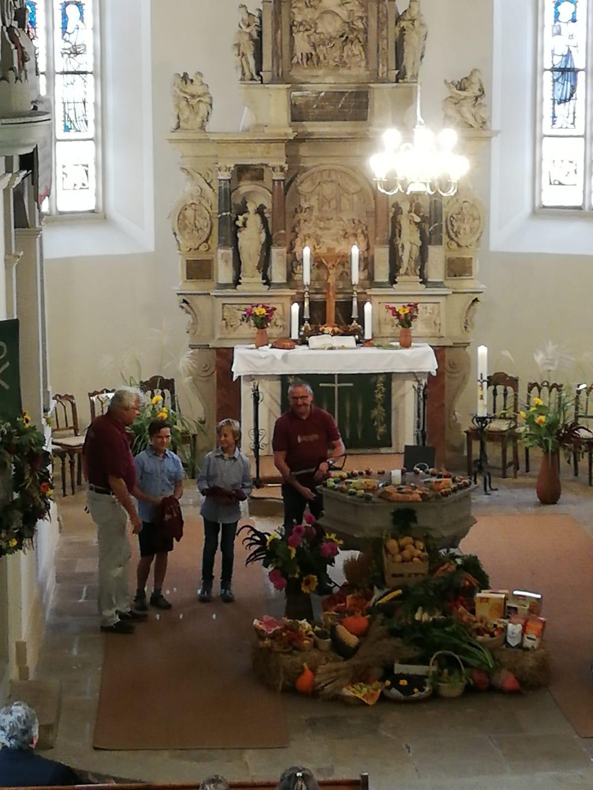 Feierliche aufnahme der Jungbläser Levi und Pascal in den Posaunenchor 2019