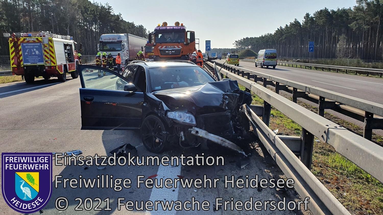 Einsatz 40/2021 | PKW gegen Schilderanhänger | BAB 12 AS Friedersdorf - AD Spreeau | 21.04.2021