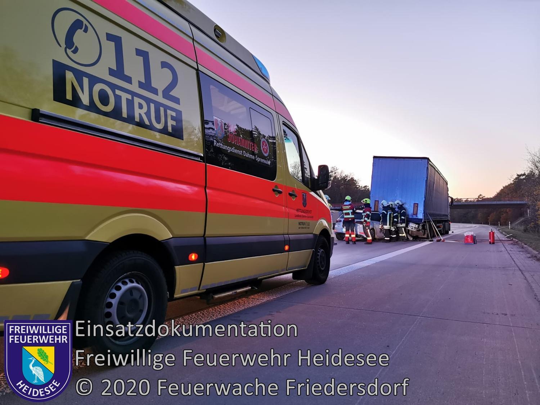 Einsatz 149/2020 | PKW unter LKW | BAB 10 AD Spreeau - AS Niederlehme | 23.11.2020