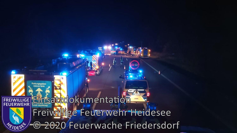 Einsatz 152/2020 | PKW in Leitplanke | BAB 10 AD Spreeau - AS Niederlehme | 28.11.2020