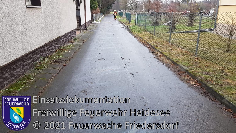 Einsatz 9/2021 | 200m Ölspur | Dolgenbrodt An der Dorfaue | 09.01.2021