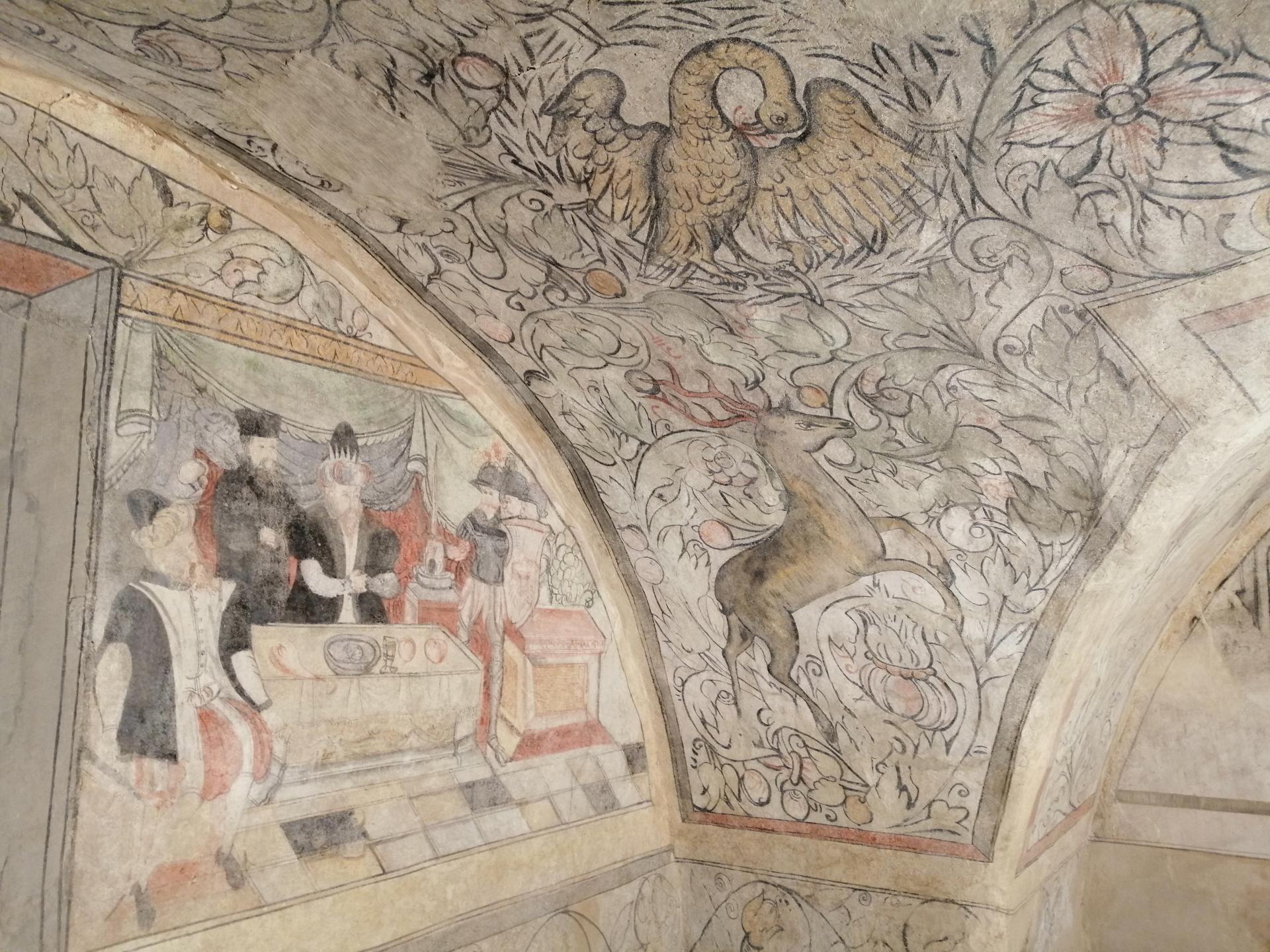 Malerei an den Pfeilern
