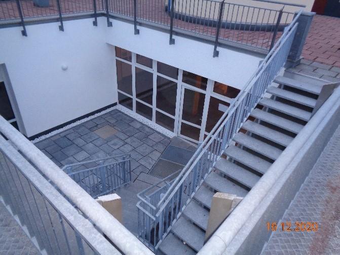 Innenhof mit Treppe