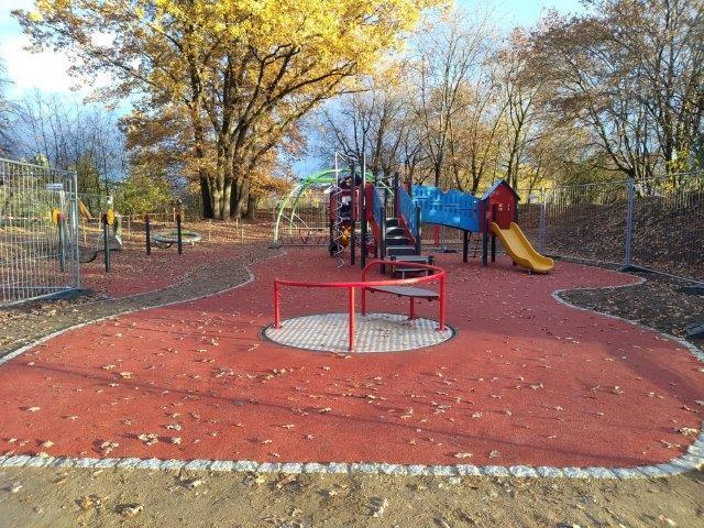 Integrativer Spielplatz 11