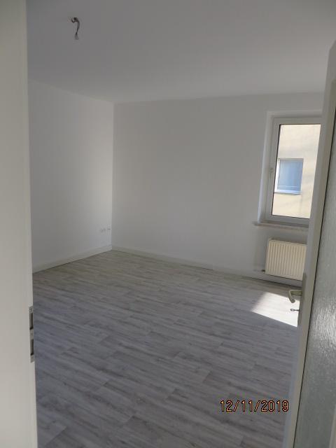 3814_0203 Zimmer 1